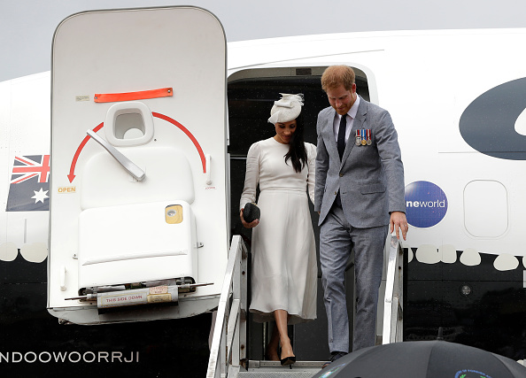 """So-Called Enviros Meghan Markle and Prince Harry Under Fire For """"Gaz-Guzzling"""" Flights"""